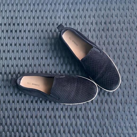 Women Spring Velvet Loafers